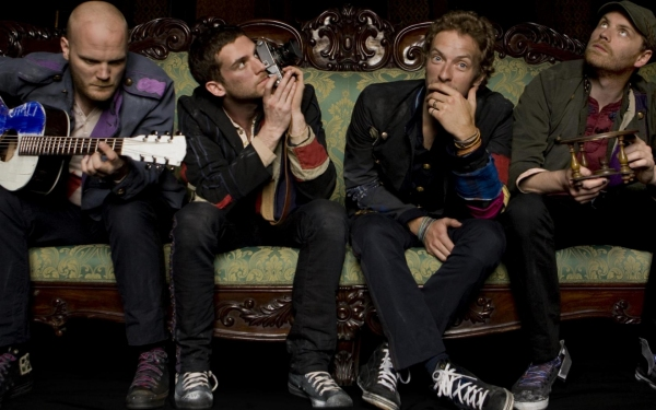 Новый клип группы Coldplay — Midnight