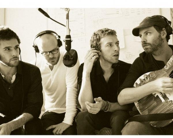 Клип Coldplay — A sky full of stars
