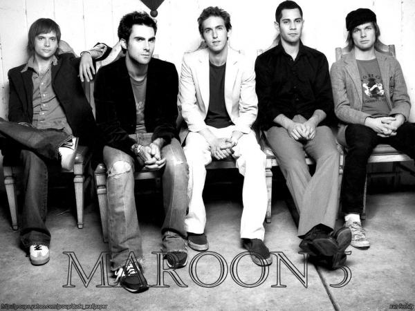 Клип группы Maroon 5 — Maps