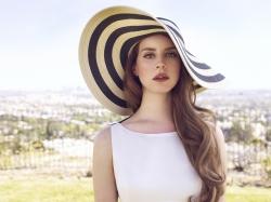 Клип Ланы Дель Рей (Lana Del Rey) – High By The Beach