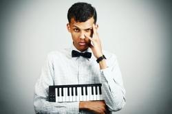 Клип Stromae — Quand c'est?