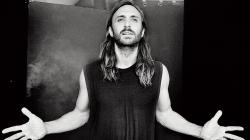 Клип Дэвида Гетты (David Guetta) — Bang My Head