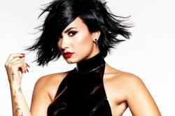 Клип Деми Ловато (Demi Lovato) — Stone Cold