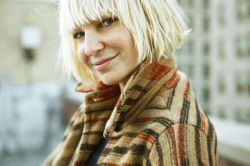 Видео Сии (Sia) — Cheap Thrills