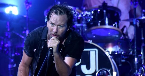 Pearl Jam играли Angel впервые за 2 десятилетия