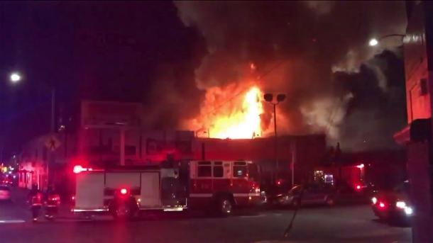 Пожар во время концерта в США: 33 погибших, в том числе 22-летний музыкант