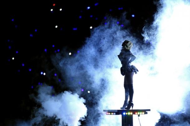 Super Bowl: самые лучшие фотографии с концертов последних лет