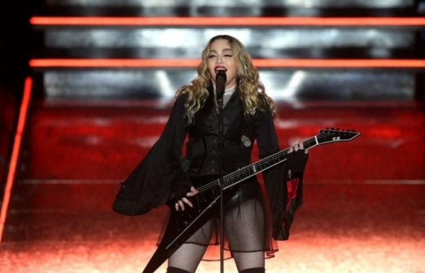 Мадонна не одобряет Blonde Ambition