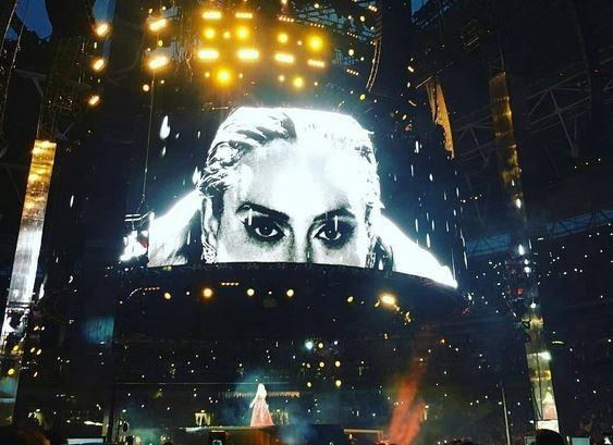 Адель больше не поедет в турне? Выложила трогательное заявление: у меня есть ужасный опыт