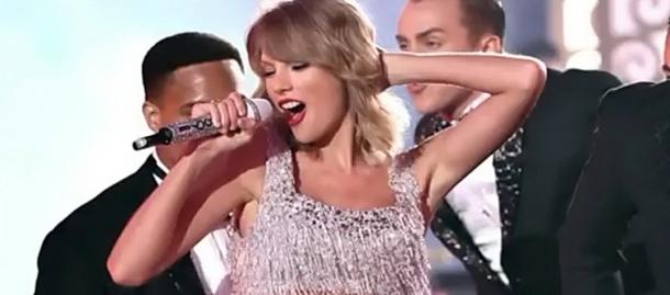 Поп–звезды: как звучит их вокал без музыки? (видео)
