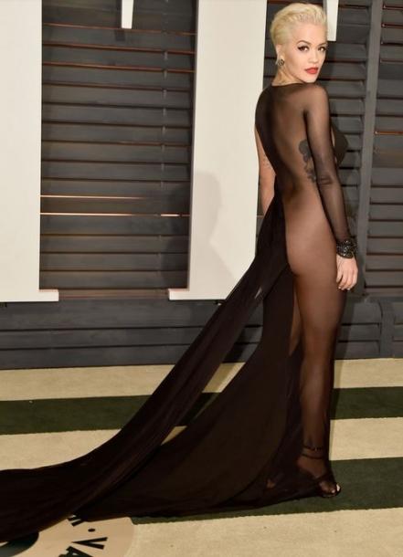 Восхищает не только на сцене: Рита Ора на красной ковровой дорожке