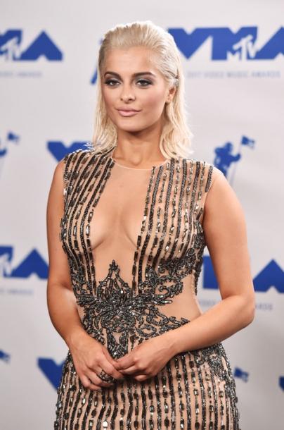 MTV Video Music Awards: как выглядели и в чем были одеты ее участники (фото)