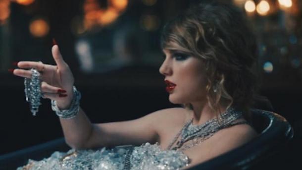 Тейлор Свифт: алмазы в ванне стоят 10 миллионов долларов