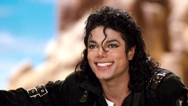 Майкл Джексон лучший, кто «зарабатывает» среди умерших звезд