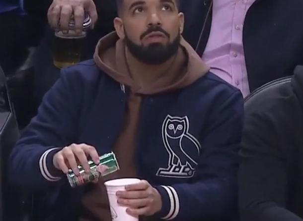 Как Дрейк баскетбольном матче стал мемом?