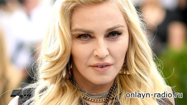 Мадонна проиграла в суде. Любовное письмо от 2Paca попадет на аукцион