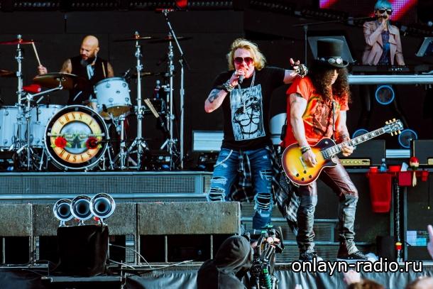 Группа Guns N' Roses заработала 5 миллионов фунтов за одно выступление