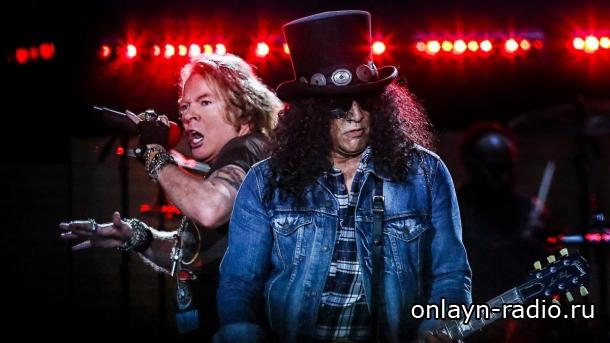 Guns N' Roses прервала концерт, потому что Аксель Роуз