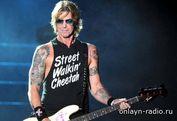 Басист Guns N' Roses Дафф Маккаган заканчивает работу над сольным альбомом