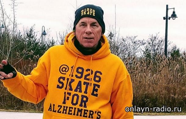 Поклонник AC/DC почти сутки будет ездить на коньках, чтобы почтить память Малкольма Янга