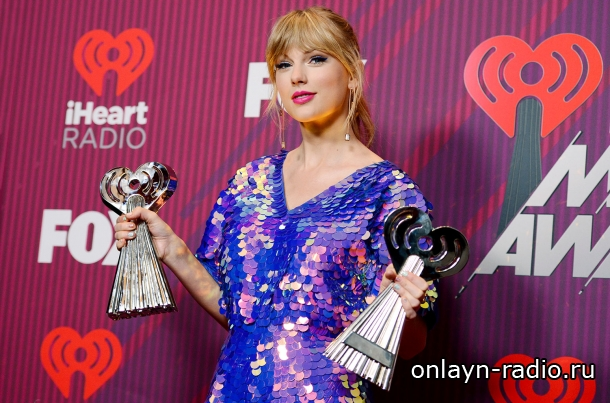 Тейлор Свифт на церемонии вручения наград IHeartRadio Music Awards 2019 (фото и видео)