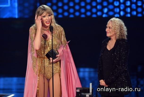 Тейлор Свифт с наградами на AMAs 2019 года!