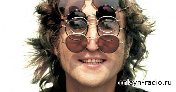 Пара солнцезащитных очков Джона Леннона проданы на аукционе за ?137,500