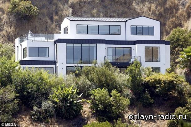 Деми Ловато выставила свой дом в Голливудских холмах на продажу всего за 9 миллионов долларов