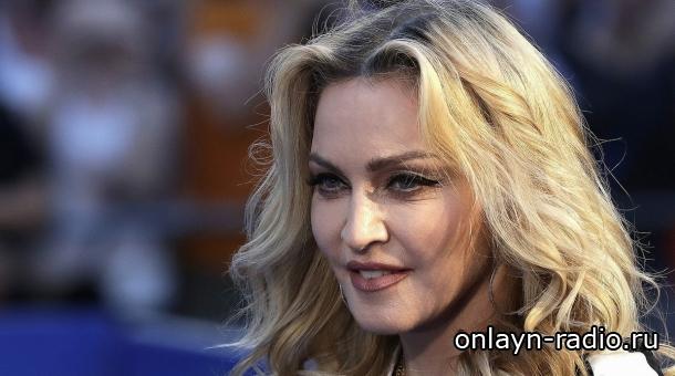Мадонну заставили отказаться от парижских выступлений